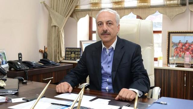 Muzaffer Külcü'nün istifasıyla boşalan Çorum Belediye Başkanlığına AK Parti'nin adayı, Belediye Başkan Yardımcısı Zeki Gül seçildi. | Sungurlu Haber