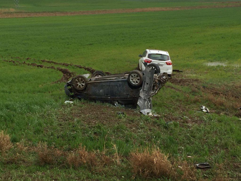 Sungurlu yakınlarında meydana gelen trafik kazasında 8 kişi yaralandı. Edinilen bilgiye göre kaza Sungurlu-Kırıkkale Karayolu'nun 8. kilometresinde meydana geldi | Sungurlu Haber