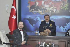 Sungurlu Televizyonu Muhabiri Volkan Hançeroğlu, Çorum Askerlik Şubesi Başkanı Albay Çetin Öcalan'ı ve Çorum İl Emniyet Müdürü Murat Kolcu'yu makamında ziyaret etti. | Sungurlu Haber