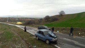 Sungurlu'da meydana gelen iki ayrı trafik kazasında 2 kişi yaralandı.   Sungurlu Haber