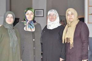 Sungurlu MHP İlçe Kadın Kolları Başkanı Menşure Çetmi, 8 Mart Dünya Kadınlar Günü nedeniyle, ev sahipliğini Aysun Köyhan'ın yapmış olduğu 8 Mart Kadın Günü Yemek programına Sungurlu MHP İlçe Başkanı Yasin Şahin ile birlikte katıldı. | Sungurlu Haber