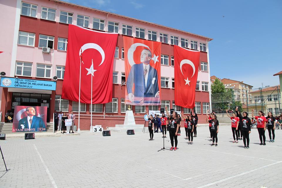 19 Mayıs Atatürk'ü Anma, Gençlik ve Spor Bayramı tüm yurtta olduğu gibi Sungurlu'da büyük bir coşkuyla kutlandı. | Sungurlu Haber