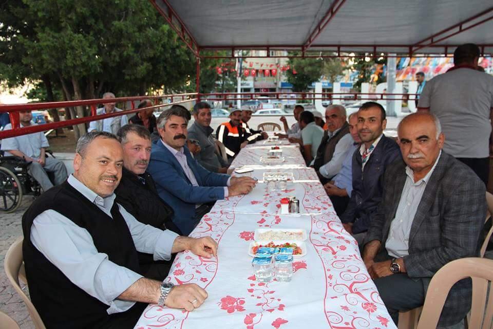 Sungurlu Belediyesi Başkanı Abdulkadir Şahiner iftar programında Belediye Personeliyle bir araya geldik. | Sungurlu Haber