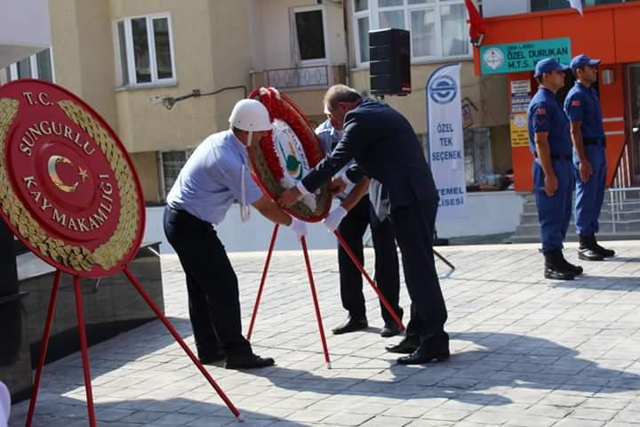 30 Ağustos Zafer Bayramı'nın 96. yıldönümü, tüm yurtta olduğu gibi Sungurlu'da da coşku ile kutlandı. | Sungurlu Haber