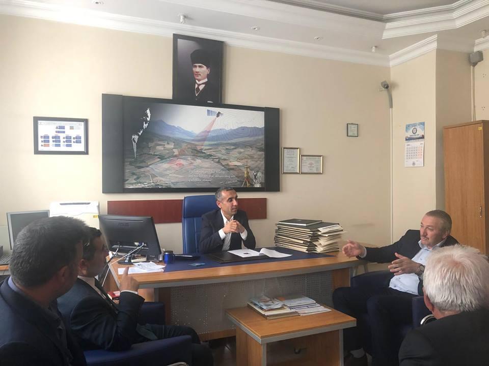 Ak Parti Sungurlu İlçe Başkanı İlyas Özkan Tapu Müdürlüğü'nün Kasım ayı içerisinde yeni yerine taşınacağını söyledi. | Sungurlu Haber