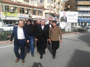 Ak Parti İstanbul eski milletvekili Metin Külünk, TÜGVA Sungurlu Teşkilat başkanı Alperen Kelepircioğlu 'nu ziyaret etti. | Sungurlu Haber
