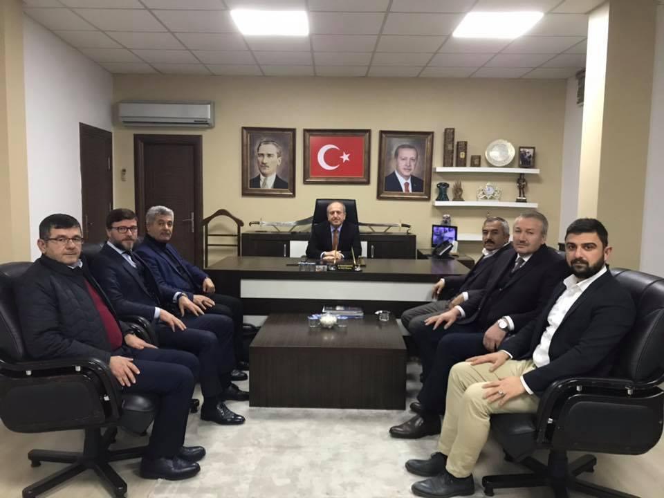 Ak Parti Sungurlu İlçe Başkanı İlyas Özkan, İlçe Teşkilat Başkanlığı görevinden istifa ederek Belediye Başkan Aday Adayı oldu. | Sungurlu Haber