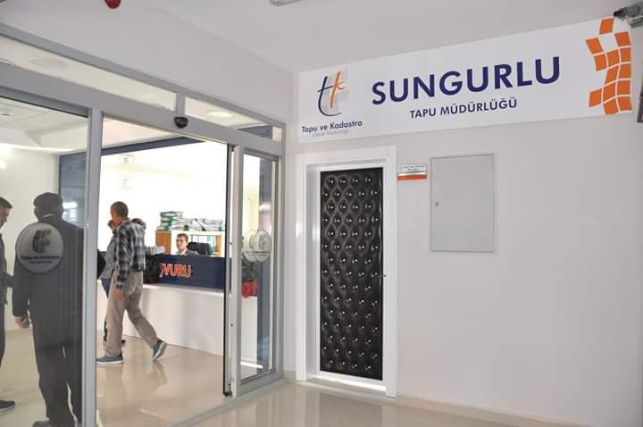 Sungurlu Kaymakamlığı binası giriş katında hizmet veren Tapu Müdürlüğü yeni yerine taşındı. | Sungurlu Haber