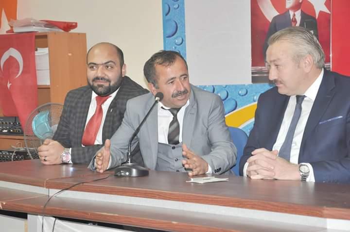 31 Mart 2019'da yapılacak olan yerel seçimler için Ak Parti Sungurlu Belediye Başkanlığı Aday Adaylığı başvuruları dün başladı. İlk Aday Adayı Ankara'da ikamet eden Arifegazili Kadir Kilit oldu. | Sungurlu Haber