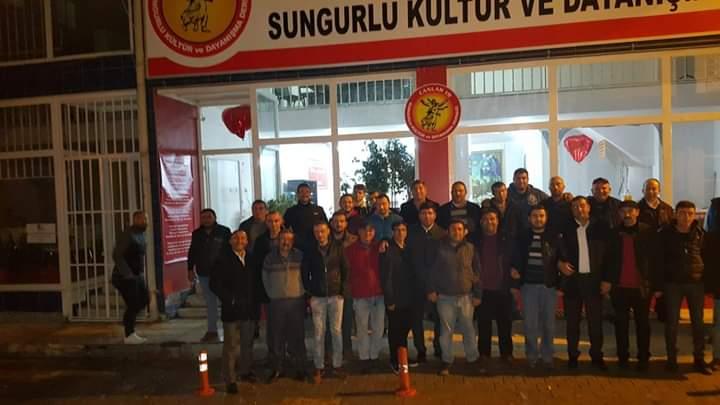 Sungurlu Belediyespor taraftar grubu Canlar 19, Canlar 19 Sungurlu Kültür ve Dayanışma derneğini ziyaret etti. | Sungurlu Haber
