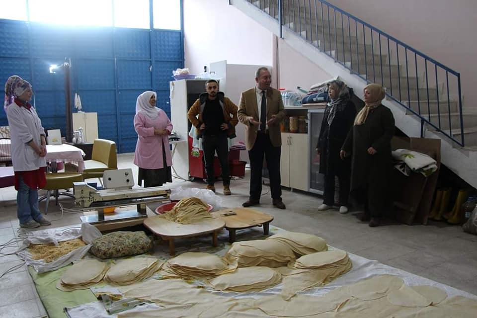 Sungurlu Belediye Başkanı Abdulkadir Şahiner, Sungurlu Kadın Girişimi Üretim ve İşletme Kooperatifini ziyaret etti.   Sungurlu Haber