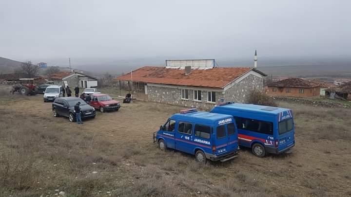 Sungurlu'ya bağlı Kula Köyü'nün Bayat ilçesine bağlanması amacıyla yapılan halk oylaması sona erdi. Kula Sungurlu'da kaldı. | Sungurlu Haber