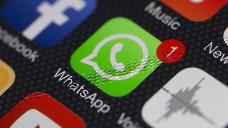 Whatsapp Gold nedir? Son günlerde özellikle yurt dışındaki WhatsApp kullanıcılarına bir mesaj gönderilmeye başlandı. Mesajın kaynağı henüz bilinmiyor ancak içerisindeki bağlantıda virüs olduğu kesin. İlgili mesajda yeni bir WhatsApp sürümünden bahsediliyor. Ancak böyle bir sürüm bulunmuyor. Detaylar için haberi okuyunuz. | Sungurlu Haber