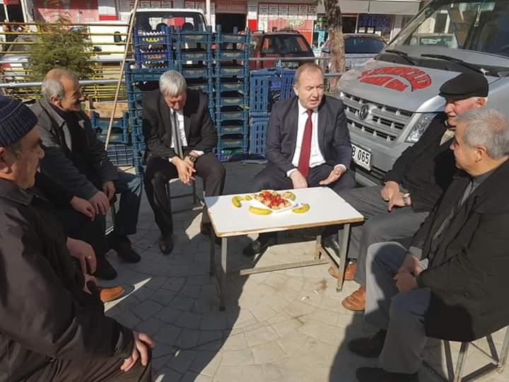 Seçim çalışmaları kapsamında esnafları ziyaret eden Sungurlu Belediye Başkanı ve İYİ Parti Belediye Başkan Adayı Abdulkadir Şahiner'e yoğun ilgi gösterildi. | Sungurlu Haber