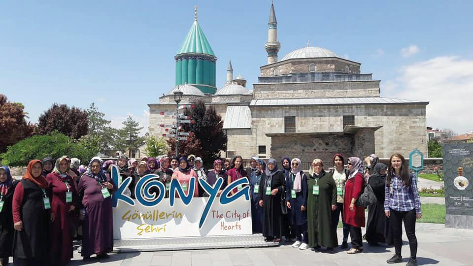 Sungurlu Belediyesi tarafından düzenlenen Kültür gezileri kapsamında bayanlar Konya'ya gezdi. | Sungurlu Haber