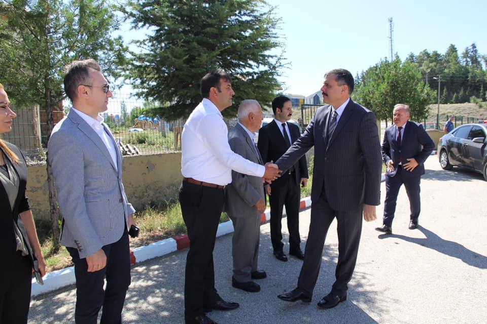 Çorum Valisi Mustafa Çiftçi incelemelerde bulunmak üzere Sungurlu'ya geldi.   Sungurlu Haber
