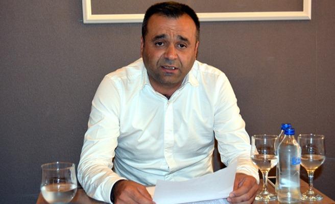 MHP Milliyetçi Hareket Partisi eski İl Başkan Yardımcısı ve Sungurluspor eski yöneticisi hemşehrimiz Orhan Özyol düzenlediği basın toplantısı ile iki gün sonra gerçekleştirilecek Yeni Çorumspor Olağan Genel Kurulu'nda aday olduğunu açıkladı. | Sungurlu Haber